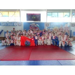 Ветераны боевых действий наградили победителей и призеров первенства Белгородской области среди юношей и девушек по дзю-до.