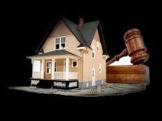 22 мая 2018 года в правовой центр обратился ветеран боевых действий К.Н.В. по вопросу обжалования постановления администрации о снятии его с жилищного учёта и восстановлении в очереди.