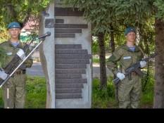 Ветераны Белгородского отделения «БОЕВОГО БРАТСТВА» возложили цветы к памятнику в Горно-Алтайске