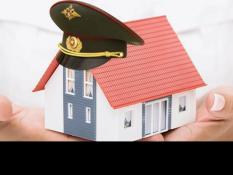 В центре «Точка опоры» члену семьи ветерана рассказали о накопительно-ипотечной системе для военнослужащих