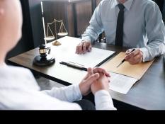 Консультация инвалиду II группы юристом правового центра
